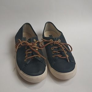 Sperry navy canvas sneakers size 7 1/2